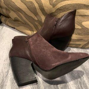Crown Vintage Shoes - Gorgeous Plum Leather Ankle Boots